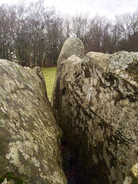 split stone